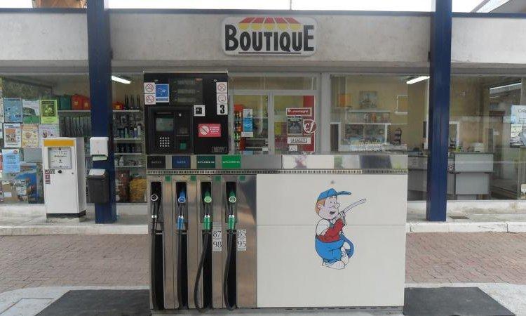 Station-service Courpière